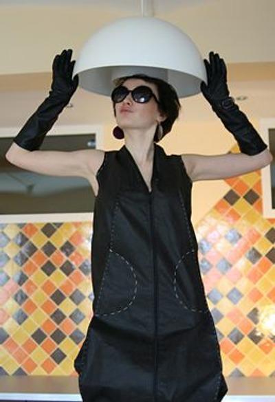 Фото. Дизайнерское платьице… жакетик авторской работы… даже единственная вещь такого рода может придать совершенно новое звучание всему гардеробу.  Автор работы - Тави