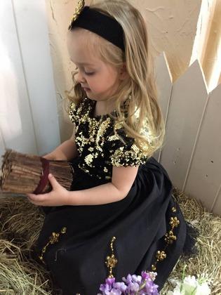 Фото. Платье для внучки на ДР. Автор работы - Sobol1