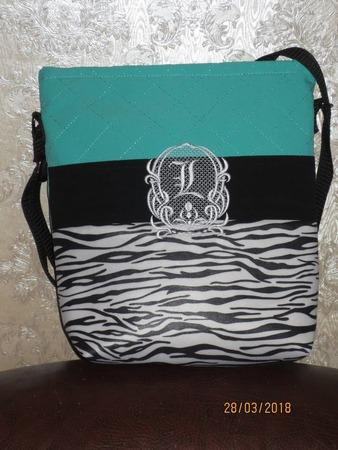Фото. Летняя сумочка + машинная вышивка.   Автор работы - kokteil