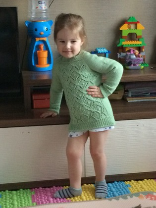 Фото. Джемпер для внучки. Дизайн Rhombus Sweater от Наталии Шепелевой. Автор работы - Праймериз Леди