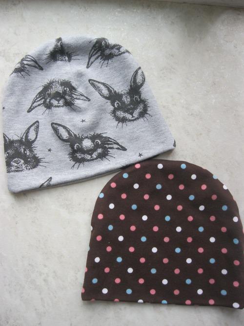 Фото. Быстрошапки из интерлока для дочки.  Автор работы - nataazov