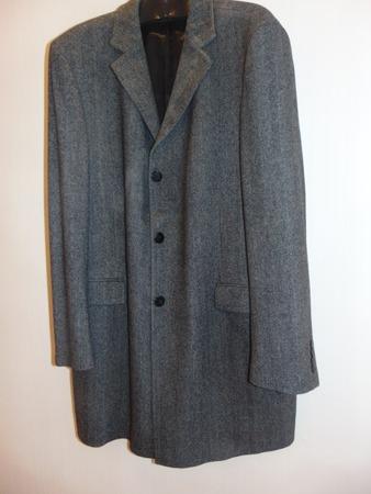 Фото. Дано: папино пальто 56 р-ра из очень качественной ткани в елочку.   Автор работы - Ejeniya