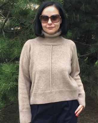Фото. Еще одна модель свитера Celine.  Автор работы - Valeria72