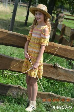 """Фото. Платье """"Wild Style"""", пряжа Аlize Bella Batik Design и Alize Batik жёлтого цвета, спицы номер 2,5."""