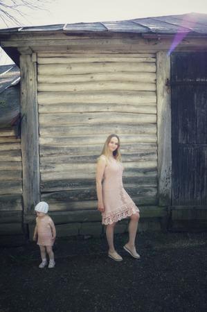Фото. Два платья фемилилук для мамы и дочки.  Автор работы - Lesy