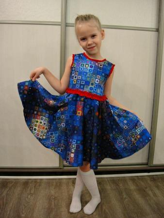Фото. Дочкино платье.  Автор работы - Hich