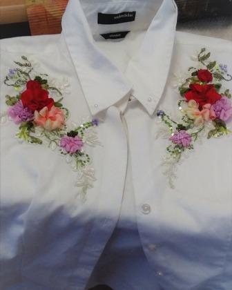 Фото. Вышитая блузка.  Автор работы - Tanay Sadakova