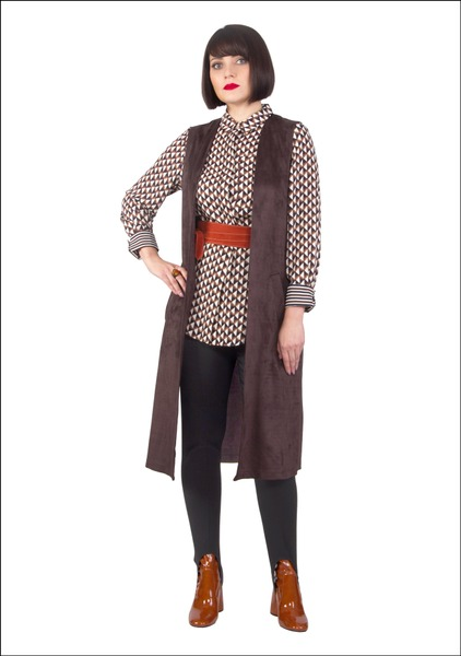 Комплект №2 . Блуза – Marks & Spencer. Жилет – Zara. Брюки, ботильоны и пояс – Mango