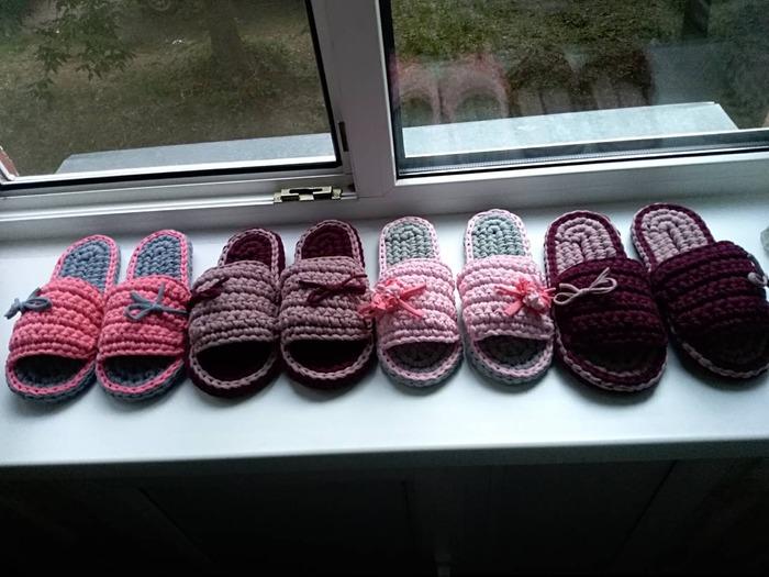Фото. Тапочки из льняной пряжи. Автор работы - Galas