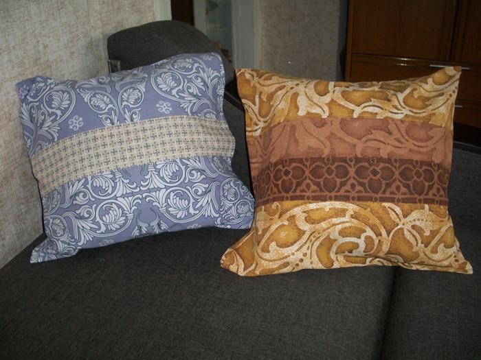 Фото. Наволочки на маленькие подушки.   Автор работы - MamaVika