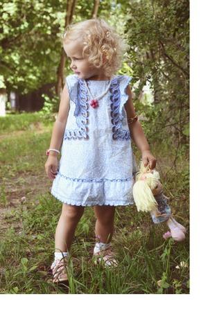 Фото. Платьице с вышивкой.   Автор работы - natachka60