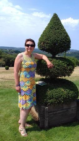 Фото. Платье крючком к отпуску, хотя в таком отпуске, как мы ездим, в платьях не ходят. Пряжа -  Ализе Miss Batik, крючки от 1.75 до 2.75 мм.