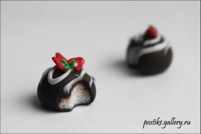 Фото. Ну как пройти мимо таких сладостей...  Автор работы - Postik