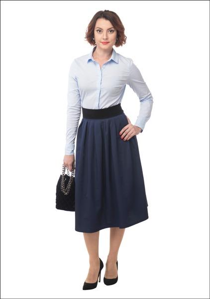 Комплект №3 . Блуза и юбка – Stradivarius. Туфли и сумка – «Эконика». Пояс и серьги – Mango