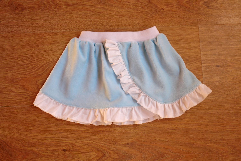 Велюровая юбочка для младшей дочки-годовасика Автор работы - ZabavaMasya