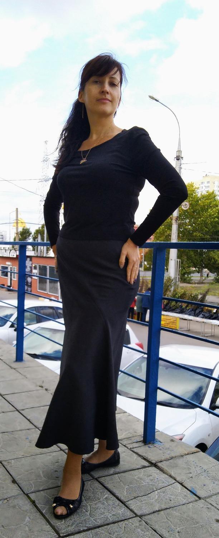 Юбка из тонкой костюмной шерсти Автор работы - Juki 63