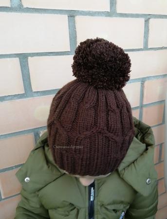 Фото. Пока тепло, но шапки вязать надо! Пряжа ЛанаГолд файн в 2 нитки. Спицы 3 и 3,5.