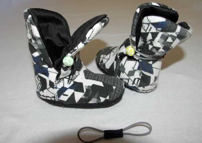 Фото. Легкие ботиночки из ткани.   Автор работы - roxi