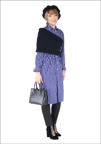 Комплект №3 . Платье, брюки, шарф-снуд и туфли – Zara. Берет – Stradivarius. Сумка – Tops. Серьги – H&M