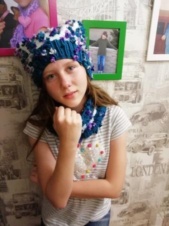 Фото. Комплект для дочки - шапка и снуд. Пряжа Alize Flower. 80м в 100гр. Спицы 4.5, 5 и 7.