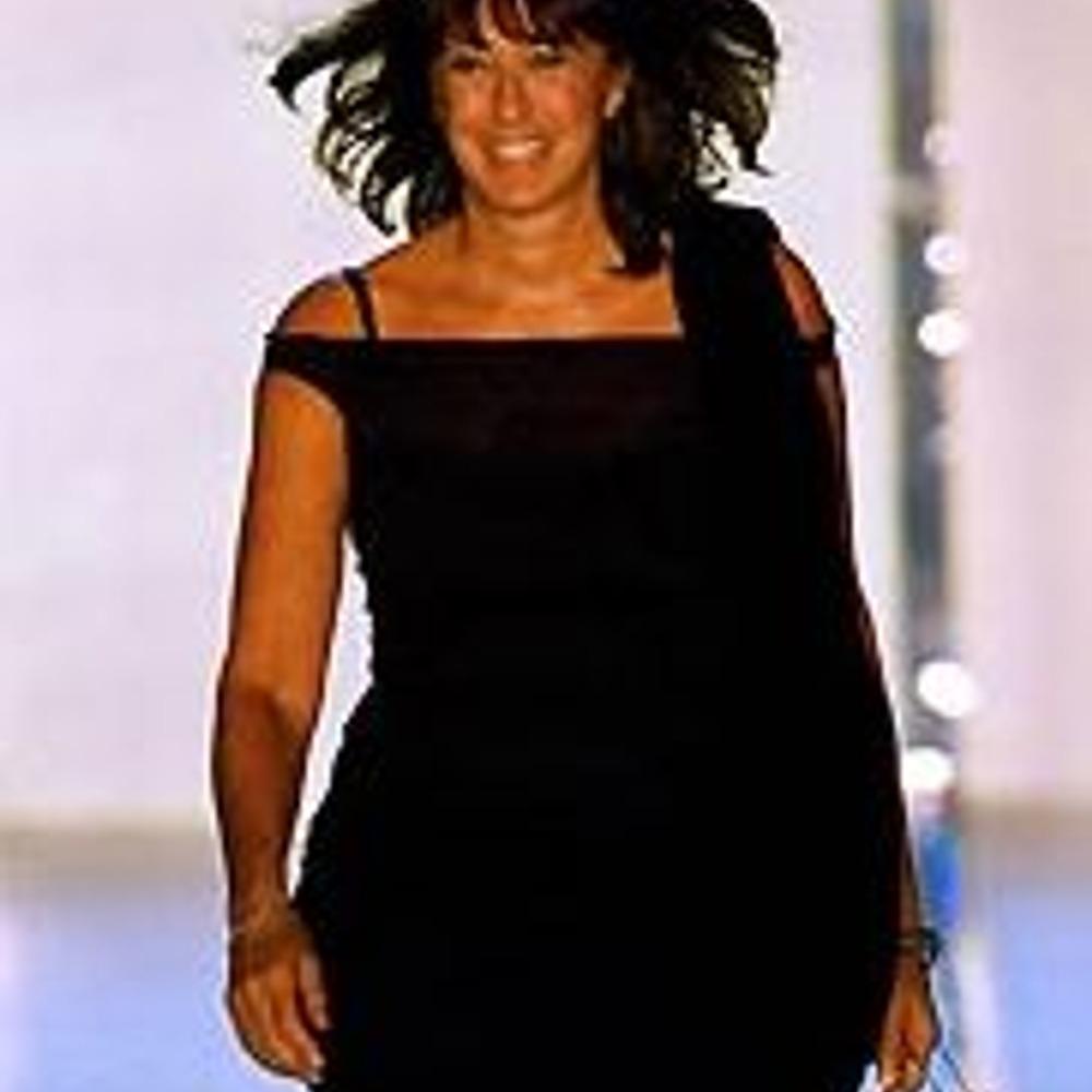 63f03545b2783a8 Она стремится создавать универсальную, комфортную одежду, которая позволяет  каждой женщине проявить свою индивидуальность. Донна считает, что