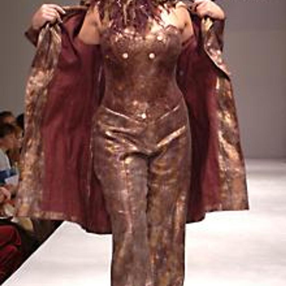 """Полная женщина в одежде марки """"Lidia Soselia Plus"""" выглядит изысканно и шикарно!"""
