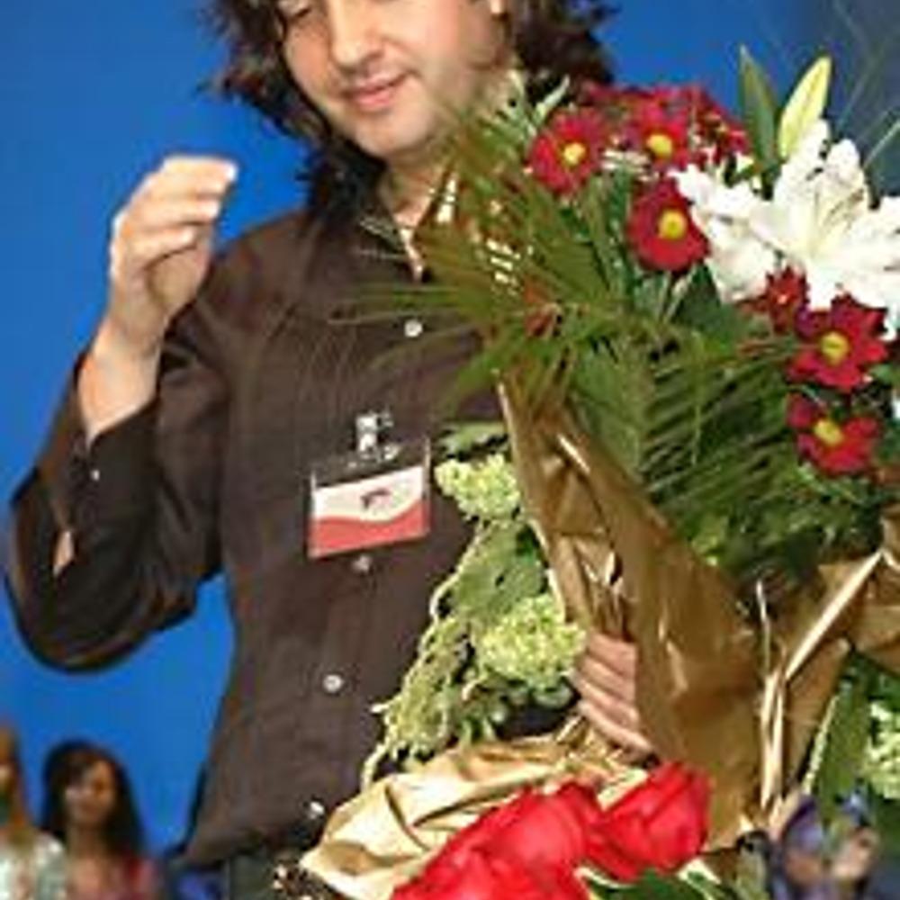 Борис Дмитриев. Как всегда, море цветов после показа новой коллекции!