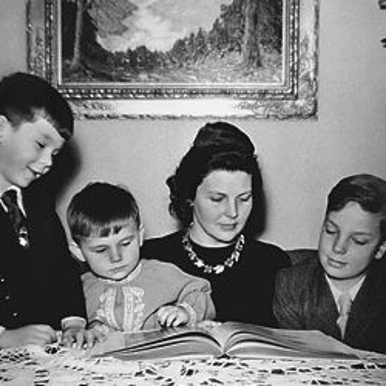 Энне Бурда - мать троих сыновей. Один из них, Hubert, возглавит потом медиа-империю Burda, выкупив  долю остальных наследников.