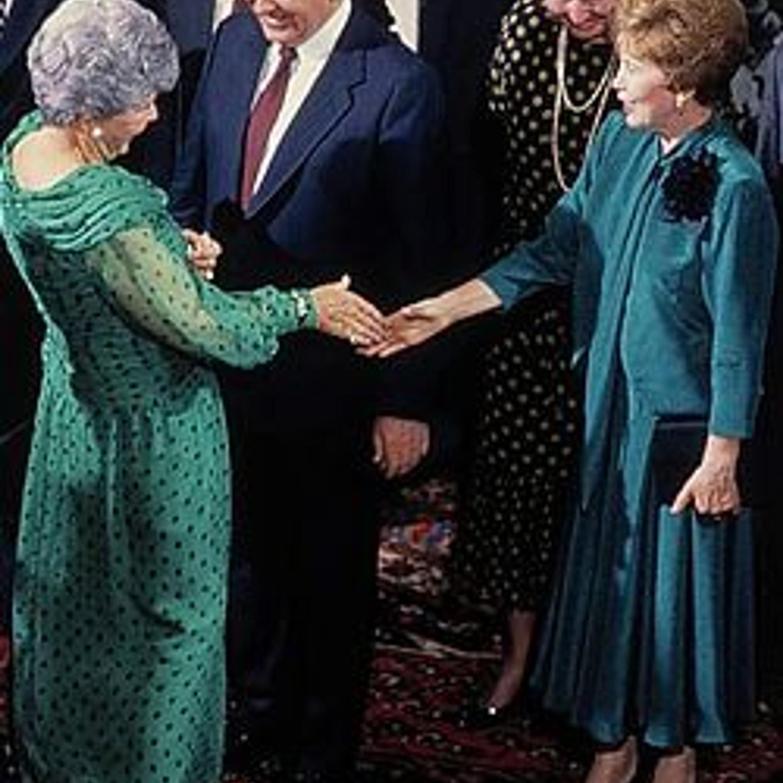 1987 год. Благодаря Раисе Максимовне Горбачевой в России начинается выпуск журнала Burda и европейская мода проникает в наши дома.