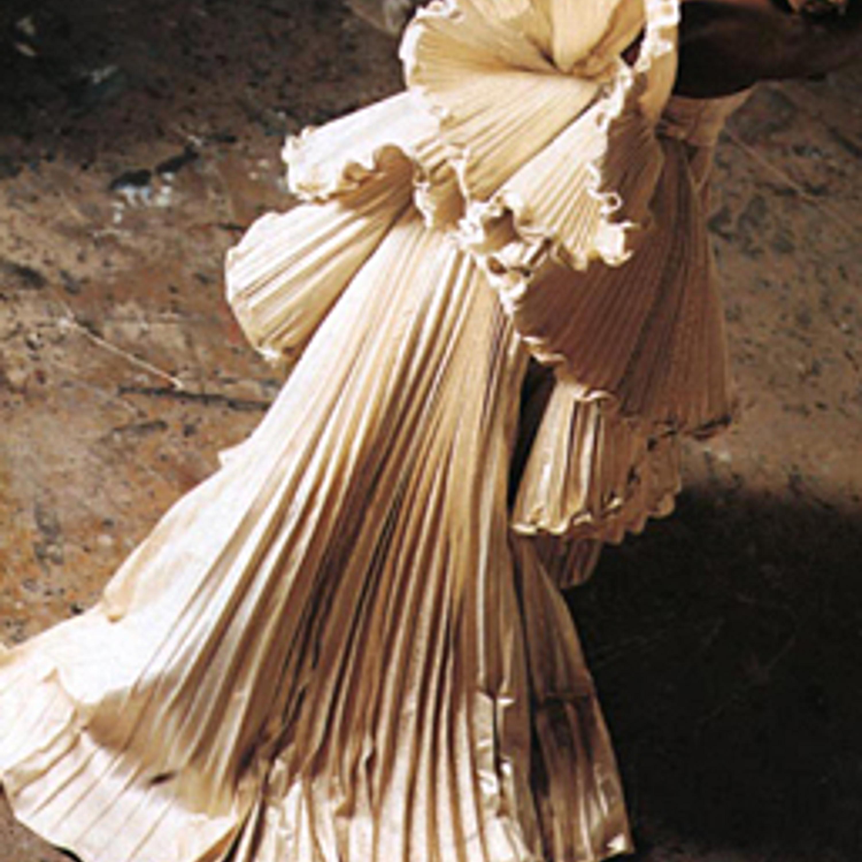 Фото 25. Плиссированное одеяние. 1987 г.