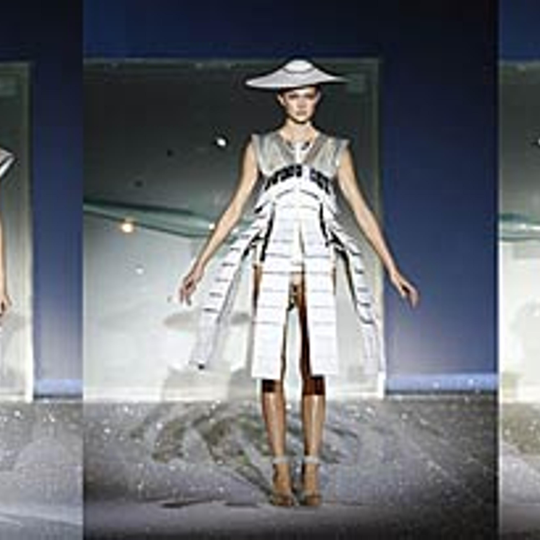Фото 26. Платье-трансформеры из коллекции весна-лето, 2007 г.
