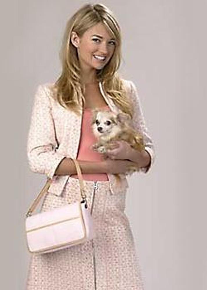 Риз Уизерспун с собачкой