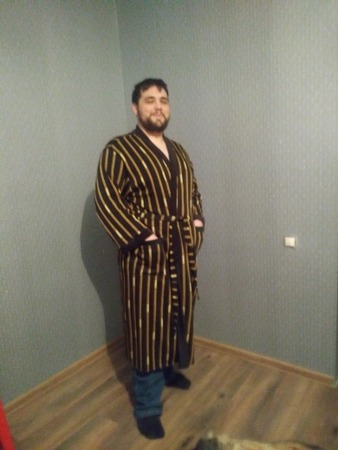Фото. Халат мужу из трикотажа на меху, подарок на новый год готов! Автор работы - vavilena