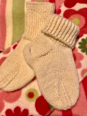 Фото. Носочки для маленькой девочки. Автор работы - Ларачка