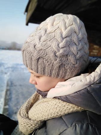 вязание спицами шапки проект
