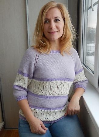 Фото. Пуловер сиренево-белый.  Автор работы - Краля