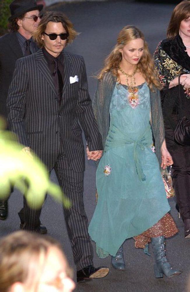 Джонни Депп и его жена актриса Ванесса Паради.