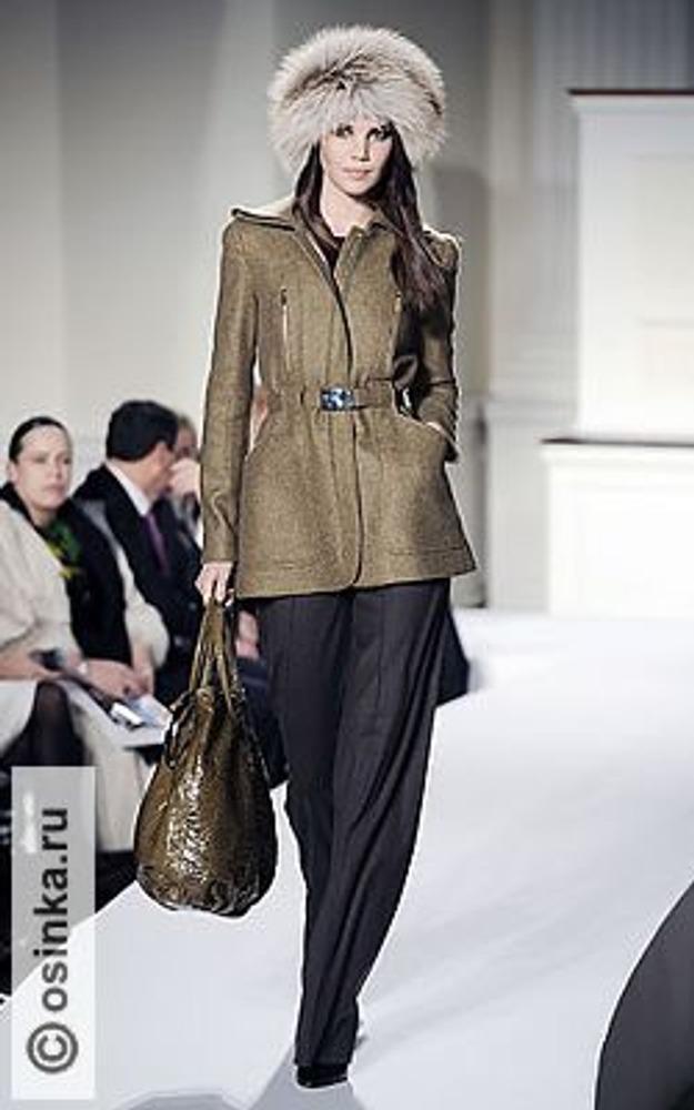 Фото. Модель от Oscar de la Renta, коллекция осень-зима 2008/09.