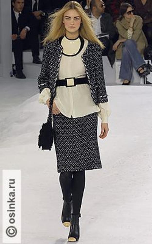 """Фото. Элегантная практичность стиля """"Шанель"""" в образе от марки-родоначальницы. Chanel, коллекция осень-зима 2007/08."""