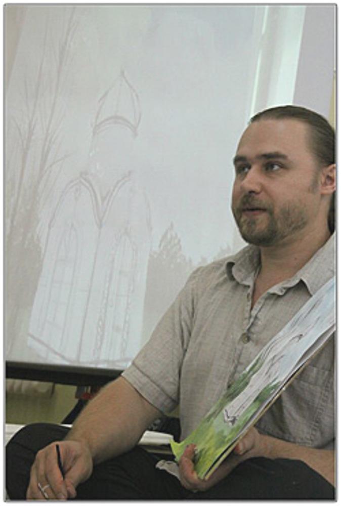 Фото: На занятия в Семейную Мастерскую Тарасовых приходят взрослые, которые хотят заново научиться рисовать.