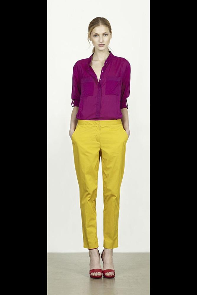 Фото 6. Фиолетовый и желтый – диаметрально противоположные цвета. Также присутствует контраст по светлоте.