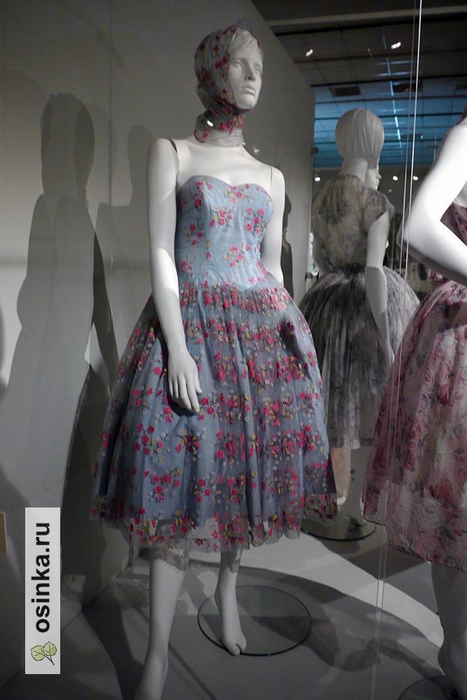 """Фото. Платье коктейльное в стиле """"New look"""" , нейлон. Карачи, вторая половина 1950-х гг. Принадлежало сотруднику советского посольства в Пакистане М. Гордиенко."""