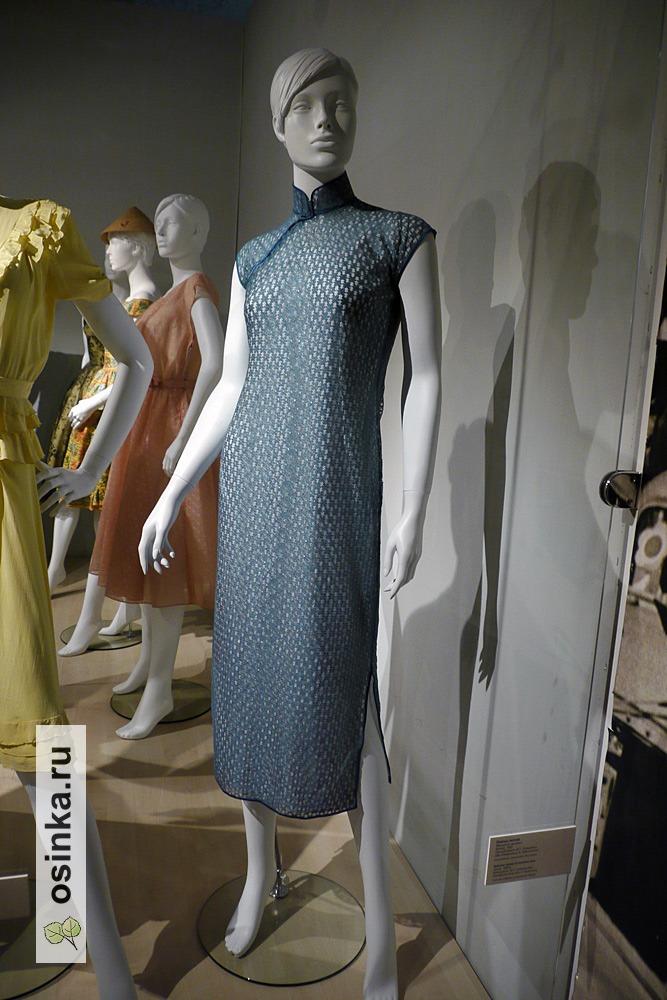 Фото. Платье летнее , машинное кружево. Китай, 1950 г. Принадлежало М.Т. Лукашевич.