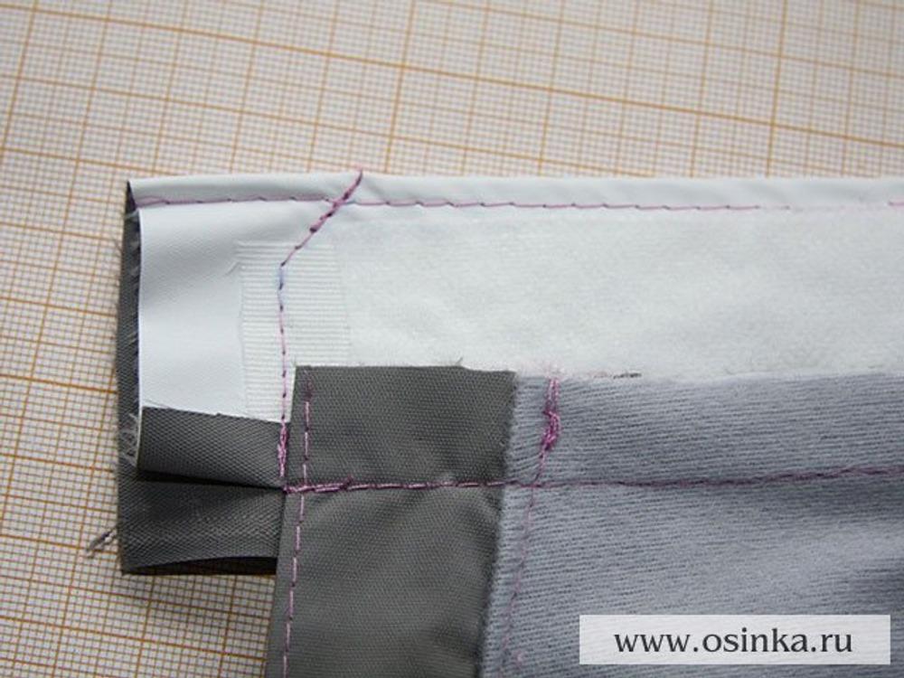 47. Сшиваем торцы пояса, например, подобным образом. Обрезаем излишки припусков и выворачиваем на правую сторону.