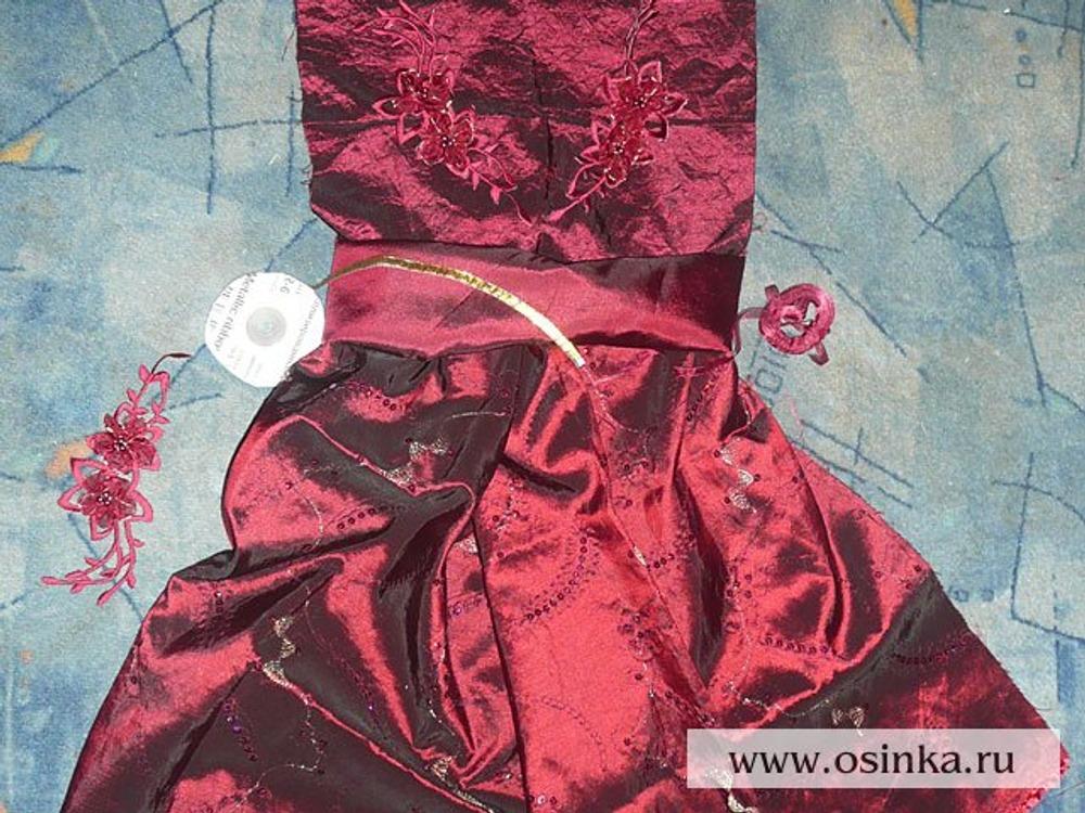 01. Подбираем ткани по цвету и фактуре, отделочные материалы, рисуем эскиз.
