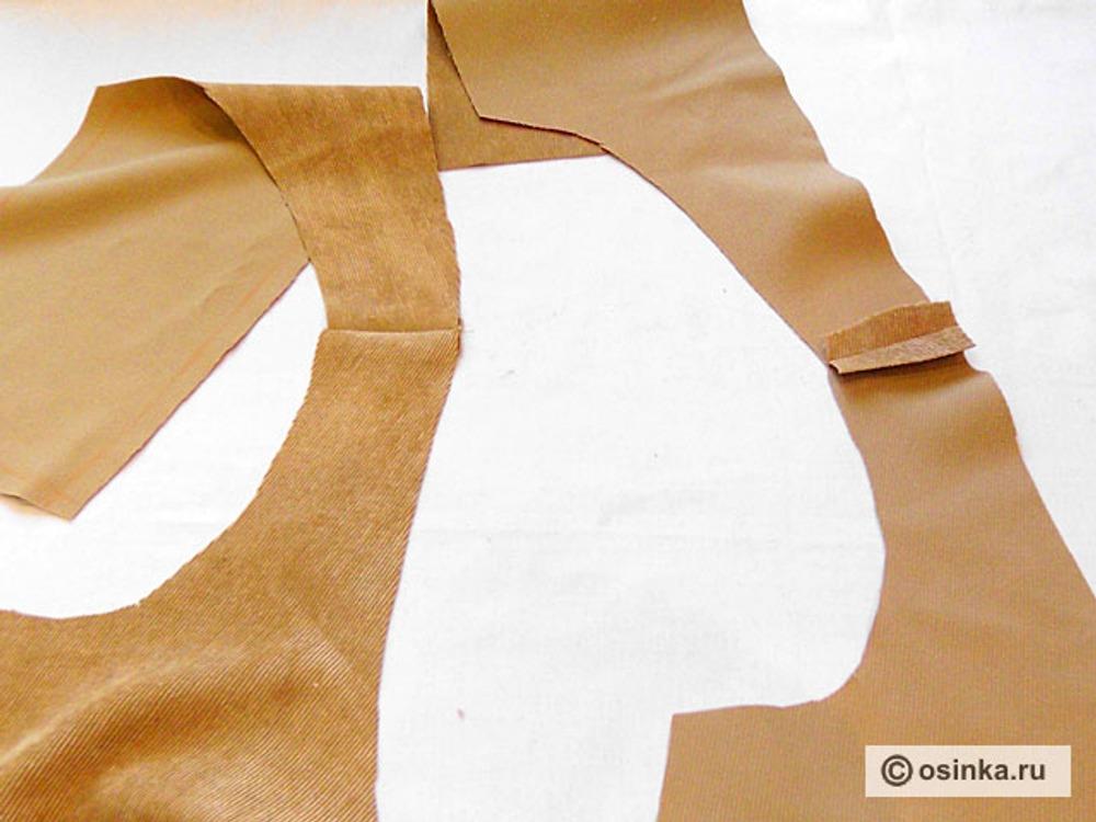 16. Стачиваем плечевые срезы боковых частей спинки и полочки. Разутюживаем.