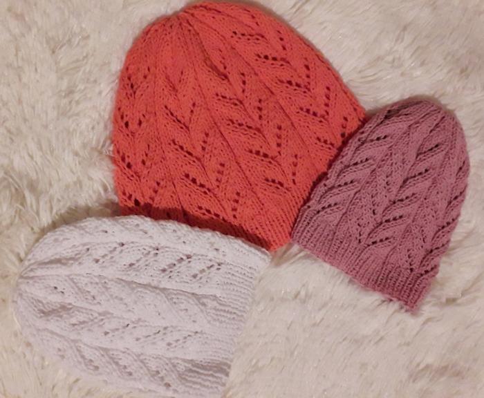 Фото. Подростковые шапочки из пряжи ЯрнАрт Джинс. Автор работы - artem_i_da