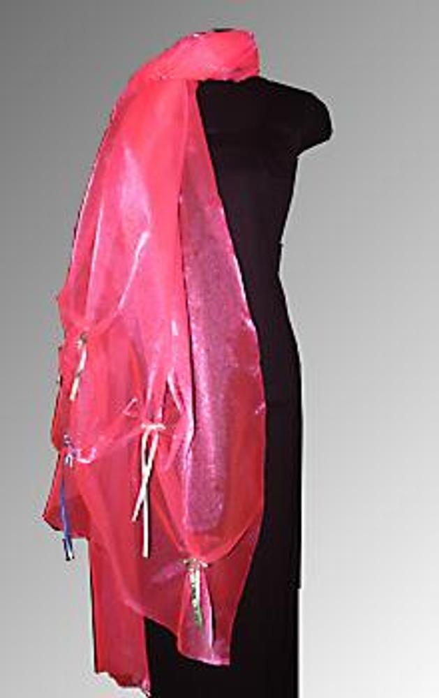 """8. Такой эффектный яркий палантин позволит оживить скромное платье. Его декор """"узелками"""" при расположении в шахматном порядке выглядит наподобие буфов и, конечно, может использоваться не только в палантине, но и добавить изюминку обычной юбке свадебного платья."""