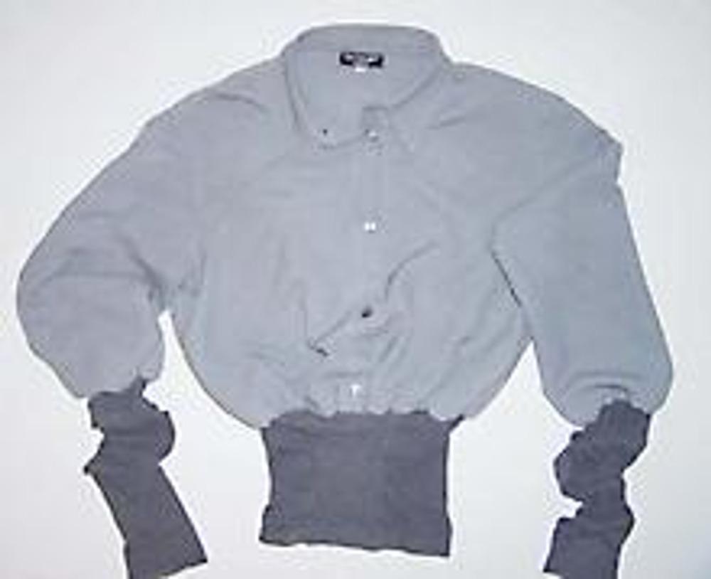 6. Трикотажные манжеты должны быть длинными, чтобы в носке они оставались драпированными.