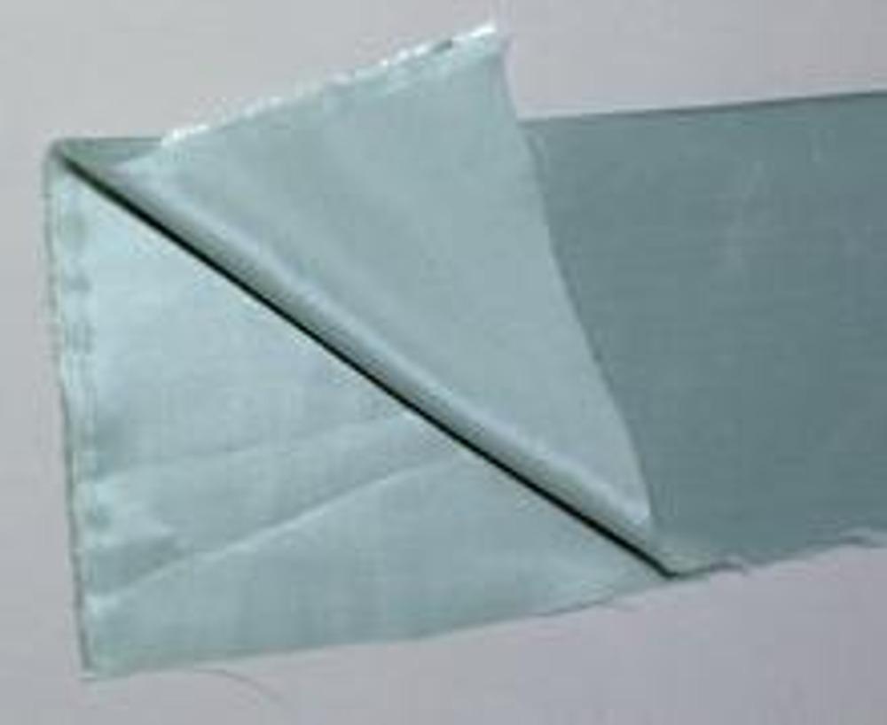 3. Для наглядности мы покажем изготовление донышка на небольшом кусочке ткани.